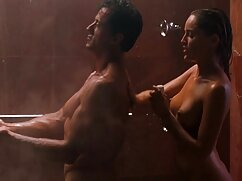 女の子がバインドされ、陰茎の金属フレームに貼り付けられました 女 が 好き な エロ 動画