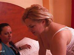 金髪オルガを入れて肛門を取ります精液 女の子 向け の エッチ な 動画