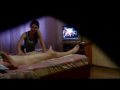 ビッチ-ヘレンはペッパーの古い二つを絶賛した。 女の子 向け エッチ な 動画