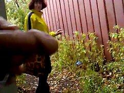 女の子はほっそりした脚が彼女の猫であることを望んでいます 女性 の ため の h な 動画