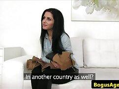縛られて、ブロンドの雌犬は荒い人に犯されます。 女子 向け エッチ な 動画