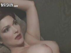 広いベッドの中で若いカップルのセックスを見てください エッチ 無料 動画 女性