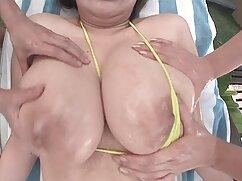 魅力的な茶色の柄のバイブレーターのソファ エッチ な 無料 動画 女性