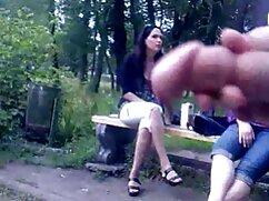 Alinaは学生に来て、彼にフェラを美味しくしました 女性 の 為 の エッチ な 動画